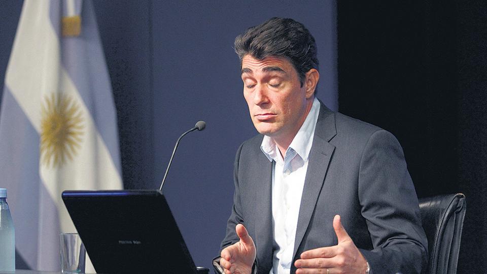 Javier Iguacel, secretario de Energía. El informe del CEPA desmiente varios de los argumentos que esgrimió en favor del aumento.