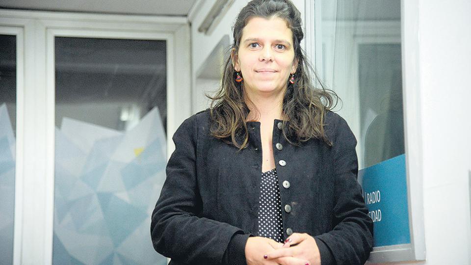 Sabrina y su hermano mellizo son hijos de los militantes montoneros Raquel Negro y Tulio Valenzuela.