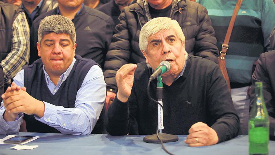"""Pablo y Hugo Moyano consideraron el pedido de detención como una forma de """"atacar a los trabajadores""""."""