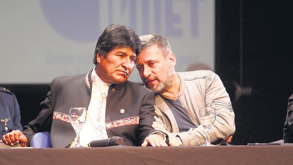 Evo Morales recibió el doctorado Honoris Causa de la Universidad Metropolitana para la Educación y el Trabajo (UMET)