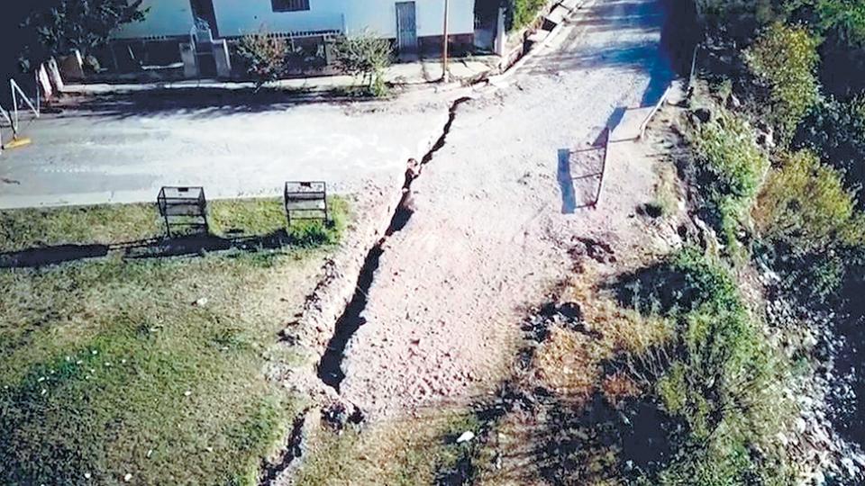 Entre Rios| Una grieta podría hacer desaparecer a un barrio