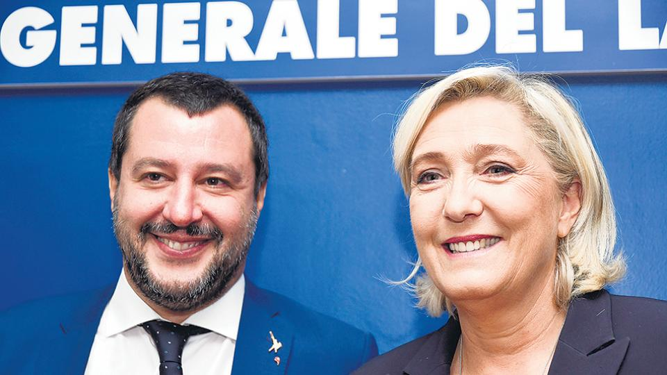 Salvini y Le Pen festejaron el triunfo de Bolsonaro en Brasil.