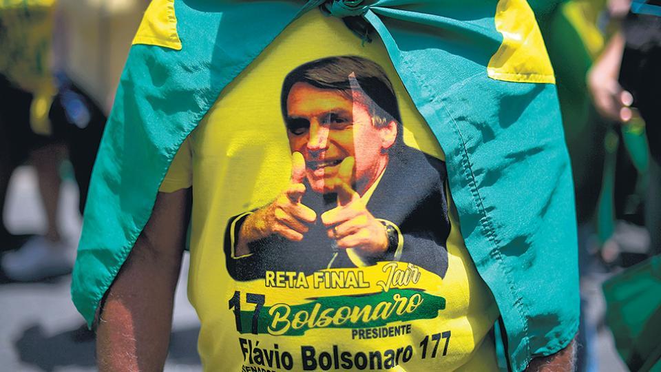 A días del ballottage, el candidato de ultraderecha prometió cárcel para su rival, Fernando Haddad