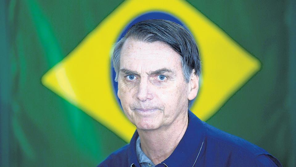 Bolsonaro lidera los sondeos de cara al ballottage.