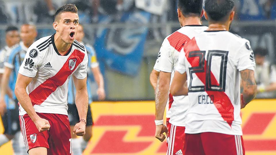 Borré celebra su gol de cabeza, el que le devolvió la esperanza a River para poder revertir el resultado.