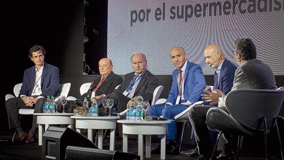 Beccar Varela (Walmart), Coto (Coto), Braun (La Anónima), Baitieh (Carrefour) y Tijeras (Libertad) expusieron en el panel principal.