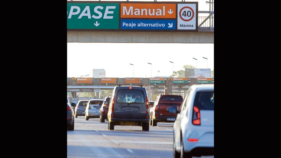 En las autopistas el peaje pasará a 85 pesos en horario de alta congestión.