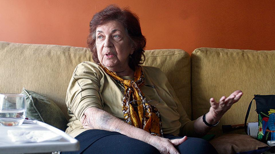 Beatriz Rajland recibió ayer muestras de solidaridad en su departamento del barrio de Palermo.