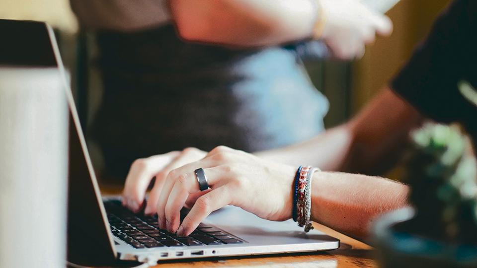 Cada vez más universidades llevan sus aulas al terreno de la web.