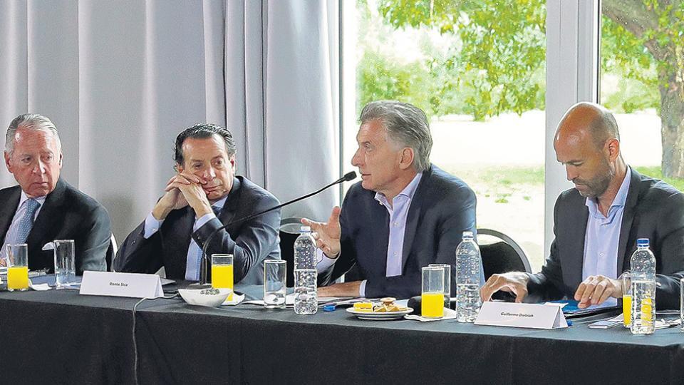 El presidente Mauricio Macri estuvo ayer en Pilar y evitó referirse a Yacylec y a las citaciones a sus familiares.