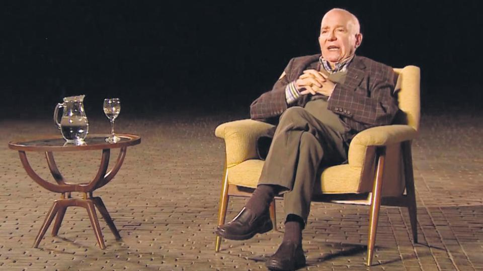 García fundó en 1973 la revista Literal junto a Osvaldo Lamborghini y Luis Gusmán, mientras publicaba simultáneamente teoría psi y numerosas novelas.