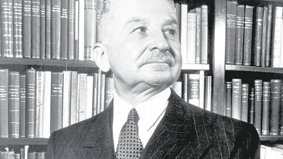 Ludwig von Mises, economista de la ultraliberal Escuela Austríaca.