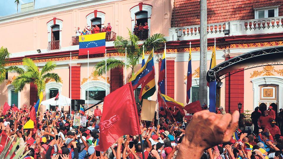 Maduro rompió relaciones políticas y diplomáticas con el gobierno de Estados Unidos.