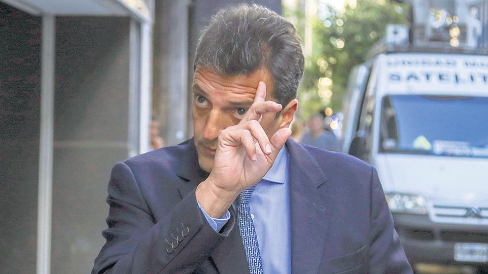 """""""Les pedimos a la Justicia y al Gobierno que se investigue, es un hecho grave"""", reclamó el frente de Massa."""
