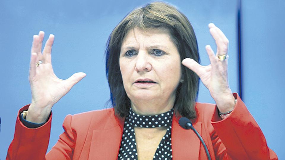 Las curas apuntaron contra la ministra de Seguridad, Patricia Bullrich.
