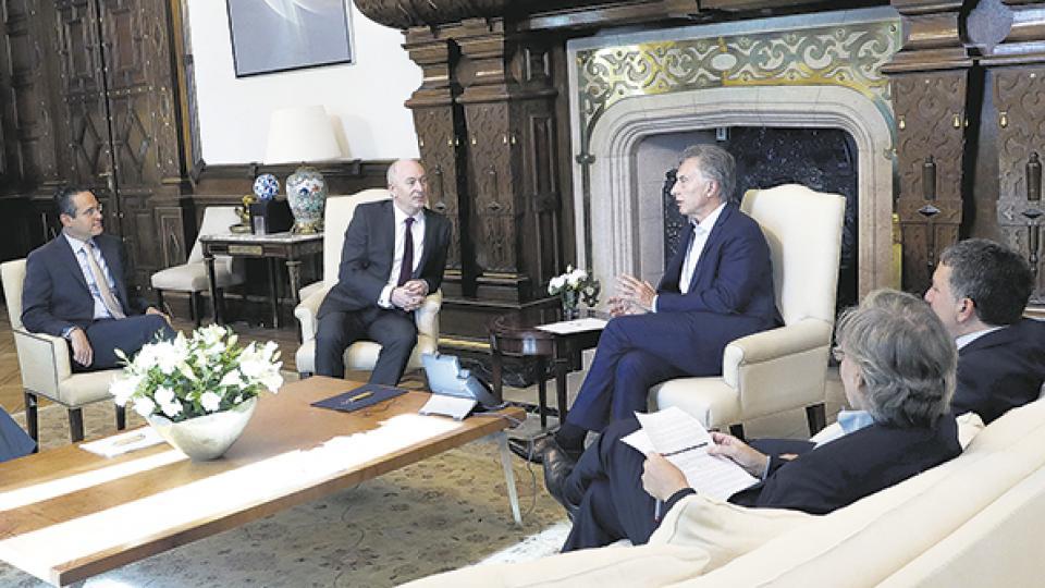 Mauricio Macri recibió ayer a directivos de Shell. En una entrevista, trazó un diagnóstico que colisiona con la realidad.
