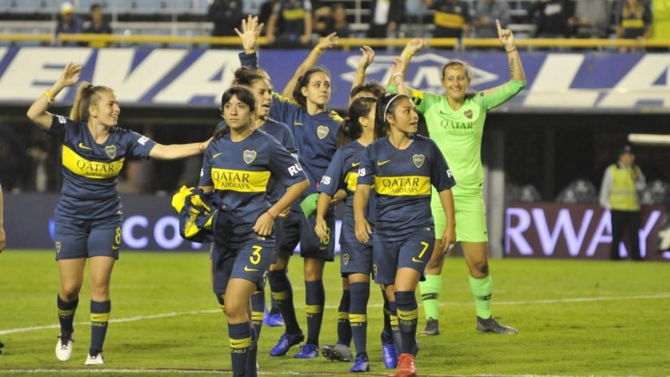 Las jugadoras de Boca Juniors celebran el triunfo.