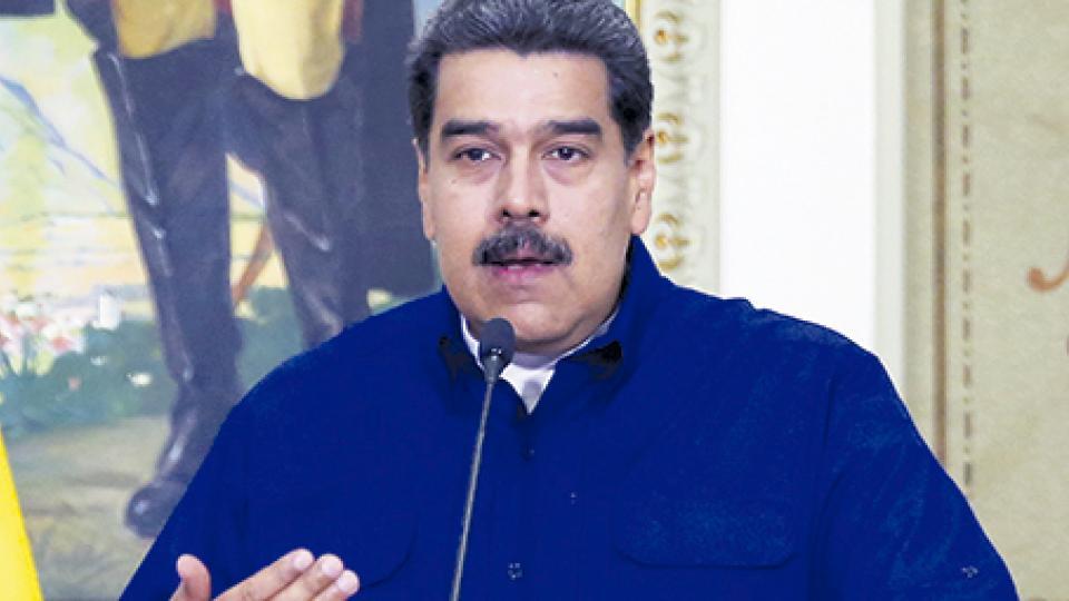 Maduro denuncia un ciberataque.