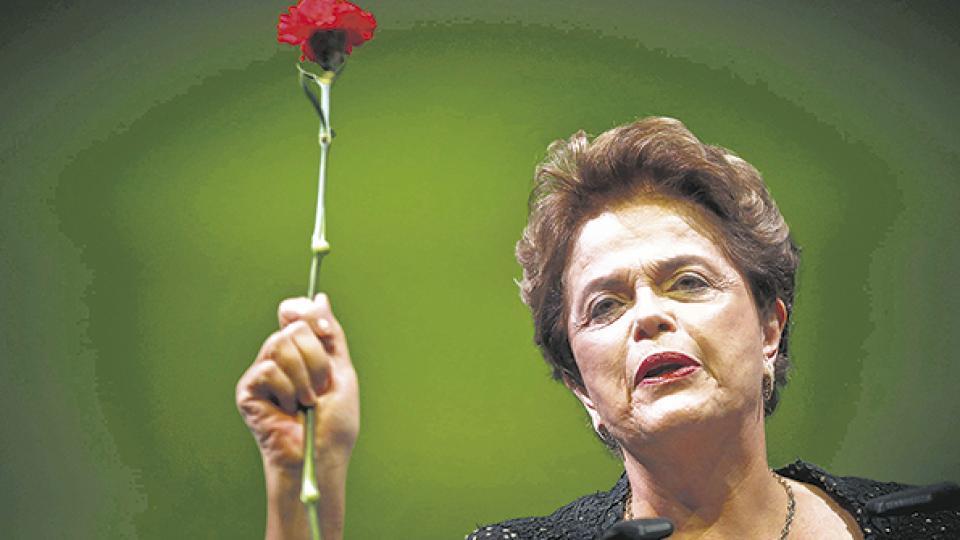 """""""El principal objetivo del golpe fue enmarcar a Brasil en la agenda neoliberal que había sido derrotada ."""""""