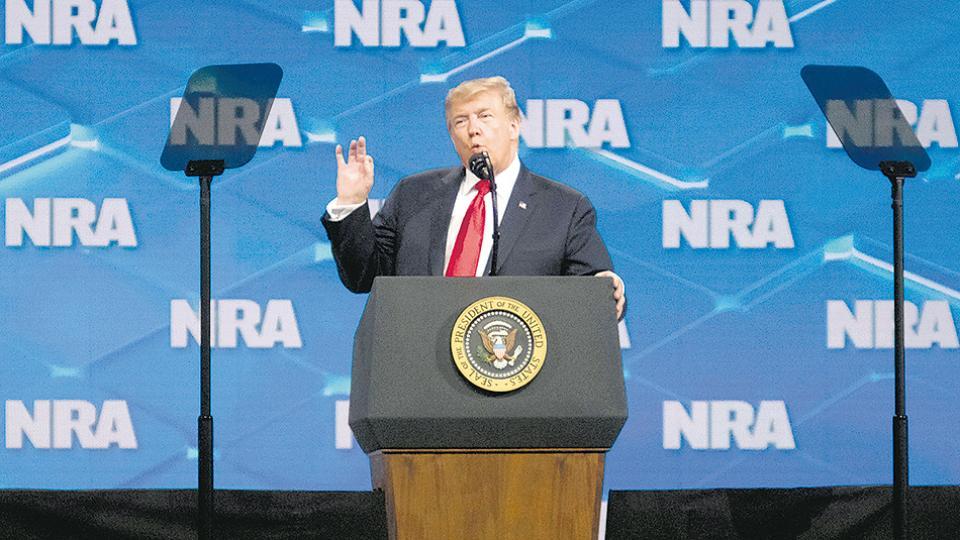 Trump se sintió como en casa en la convención del NRA en Indianápolis.