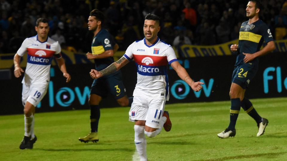 Lucas Janson festeja el segundo gol de Tigre ante Boca.
