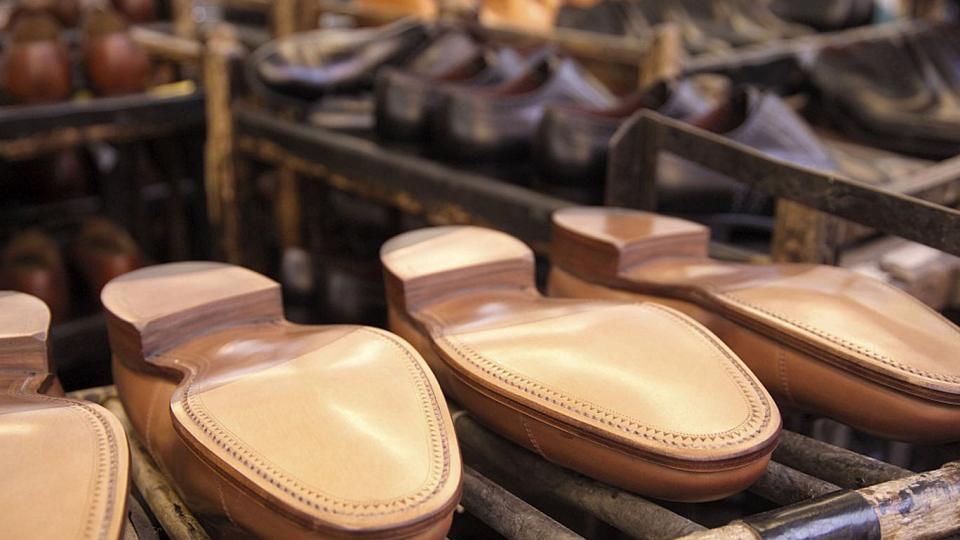 0615ecac13 La producción de calzado alcanzó en el primer cuatrimestre del año los 31  millones de pares, un 11,4 por ciento por debajo de los 35 millones de  igual ...