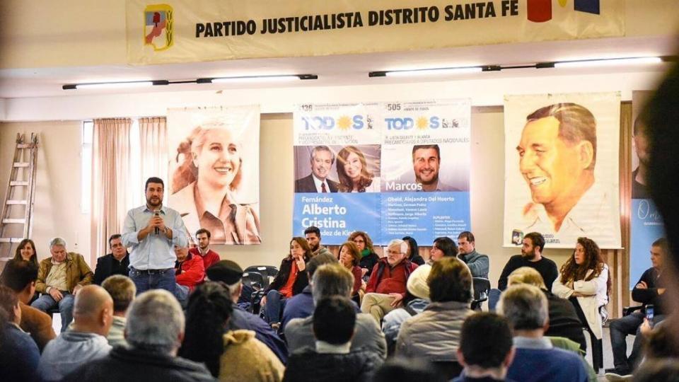 Santa Fe con los dedos en V | Plenario del Partido Justicialista en Santa Fe - Página 12