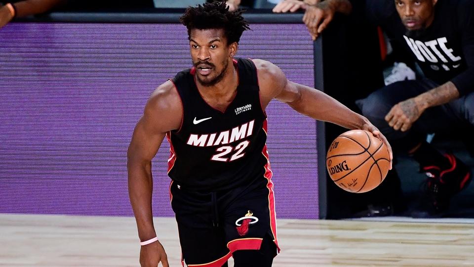 NBA: Miami revivió y le ganó a los Lakers en la tercera final