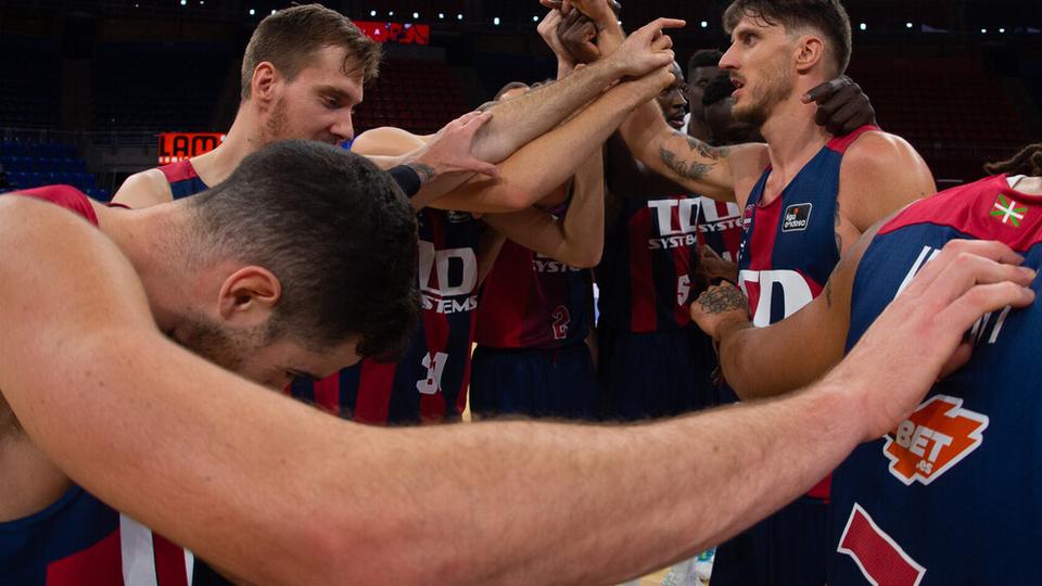 Acción de Selección en el básquet de España e Italia