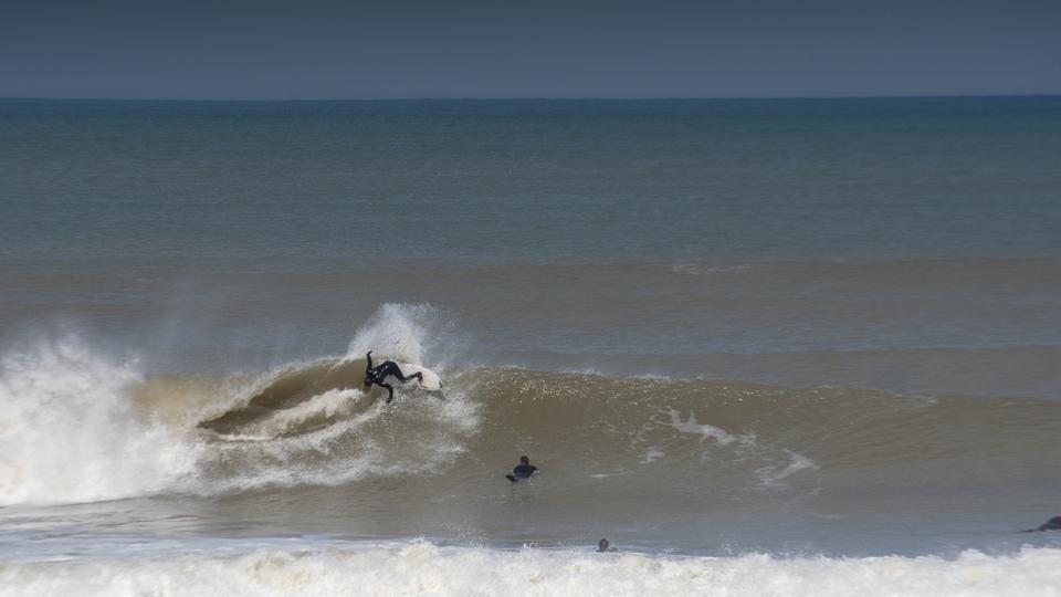 Surf pero virtual, la nueva forma de competir