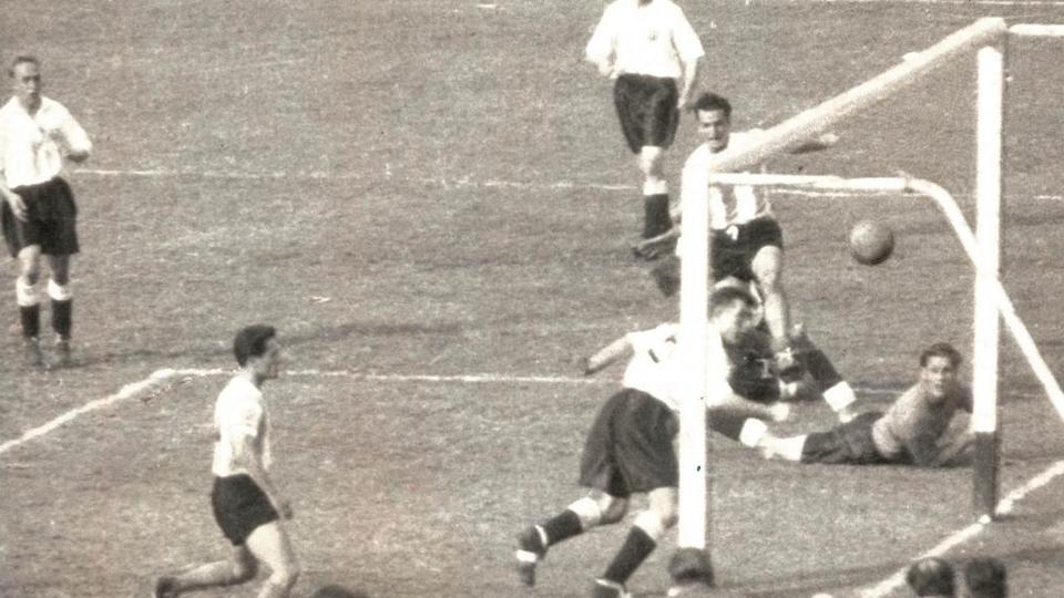 Cambiar el día del futbolista sería borrar parte de nuestra historia futbolística