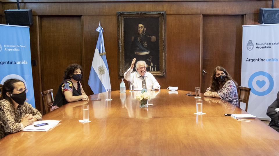 Ginés González García se reunió vía Zoom con asocianes vinculadas con el uso medicinal de cannabis