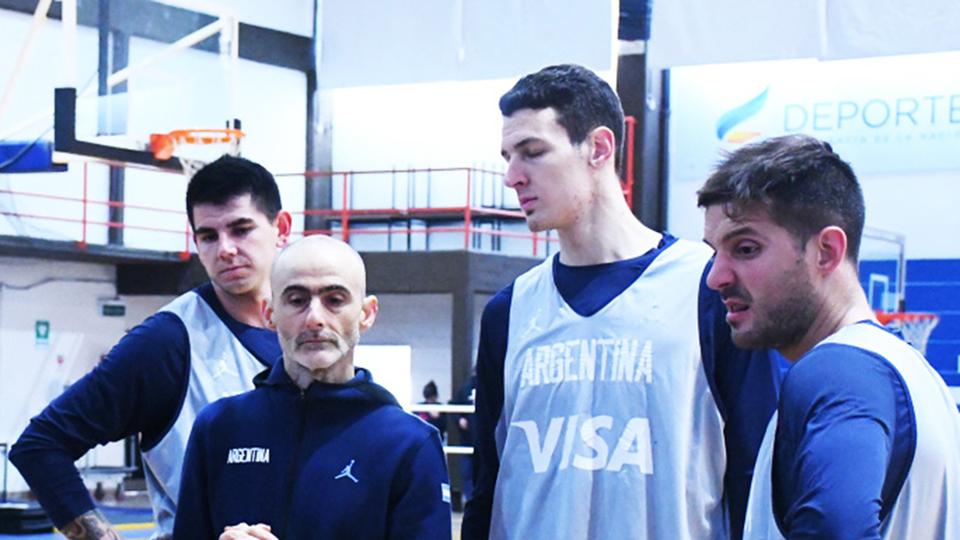 Ventana FIBA: Piccato dio la lista con los 15 convocados para la Selección
