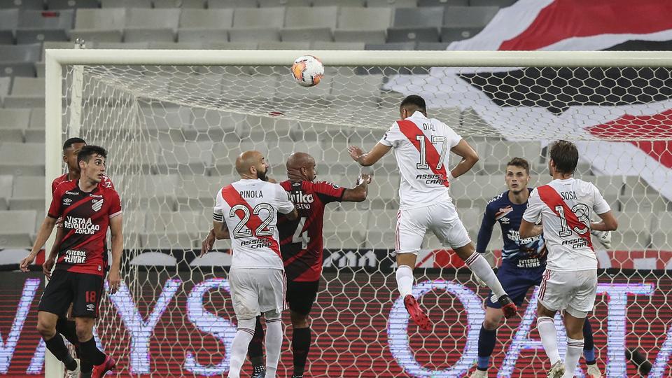 Copa Libertadores: River rescató un punto agónico ante Paranaense
