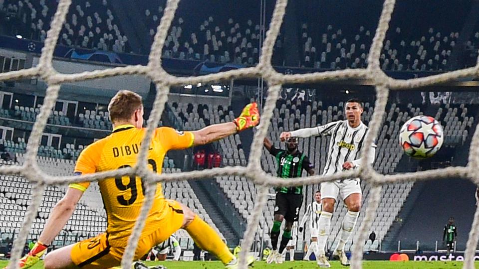 Juventus y Barcelona clasificaron a octavos de final