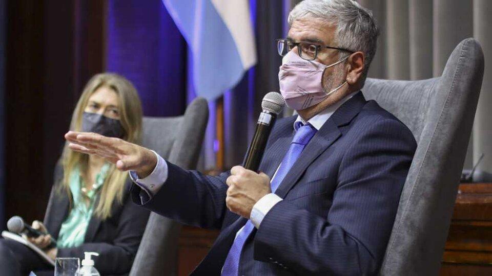 """"""" Siempre estaremos abiertos al diálogo y a la negociación, pero no en estos términos"""", sostuvo Feletti."""