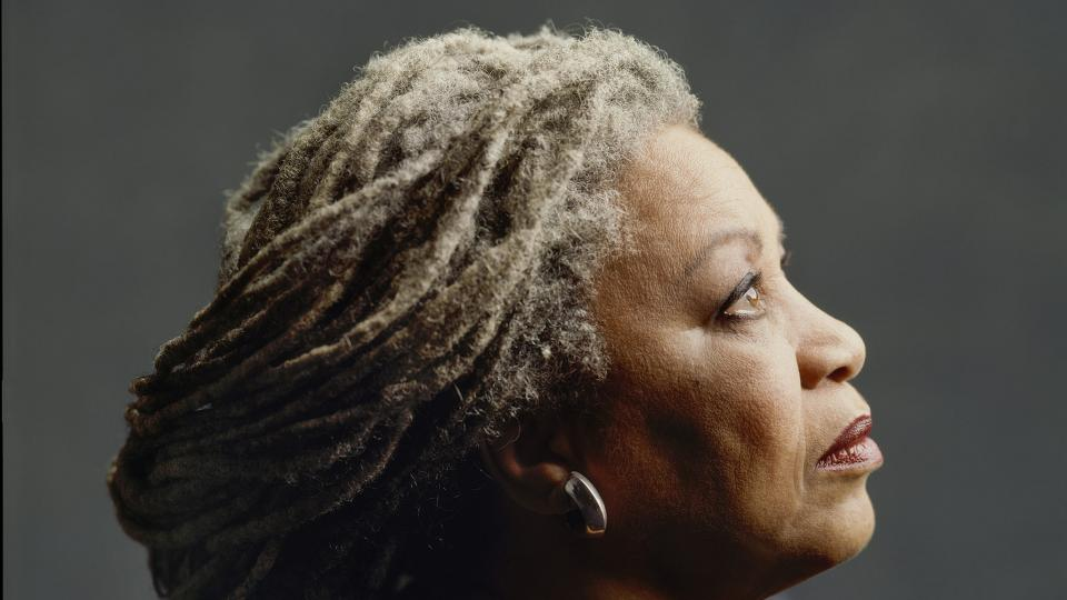 https://images.pagina12.com.ar/styles/focal_16_9_960x540/public/media/articles/10177/1997-toni-morrison-ctimothy-greenfield-sanders-e1559142467974.jpg?itok=dmtFsvTc