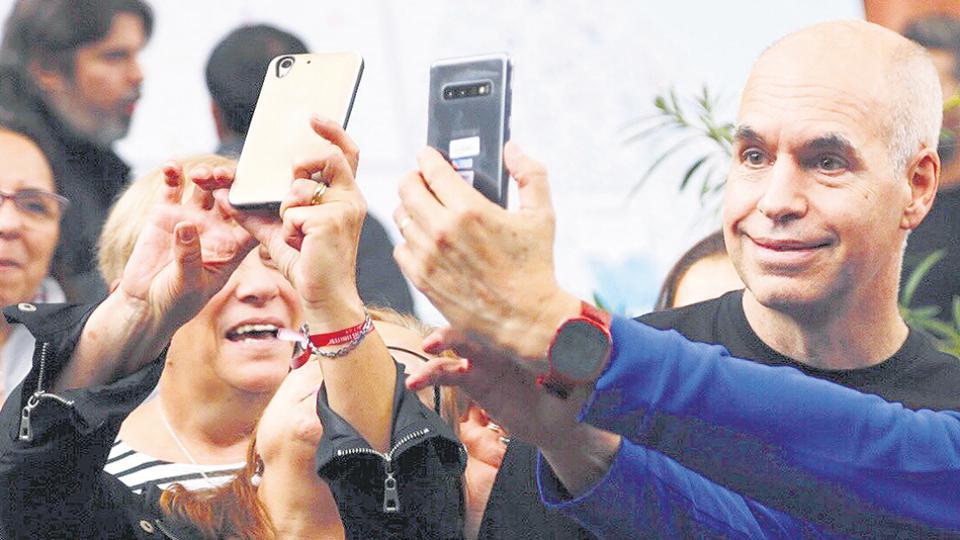 En el gobierno de Horacio Rodríguez Larreta temen que la debacle de Mauricio Macri termine alejando votos en la ciudad.