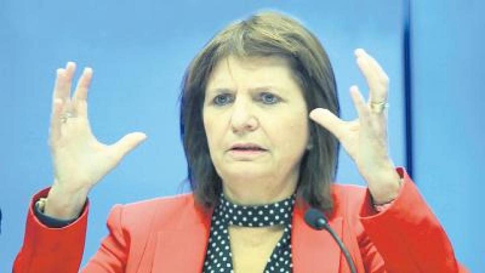 """""""Cada vez hay más pobres, menos clase media y más intereses corporativos"""", reconoció la ministra de Seguridad."""