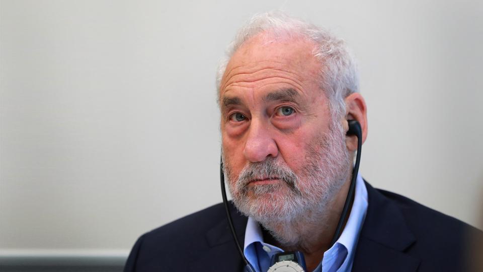 El prestigioso Premio Nobel critica con dureza al gobierno de Macri y cuestiona al Fondo Monetario Internacional por apoyarlo