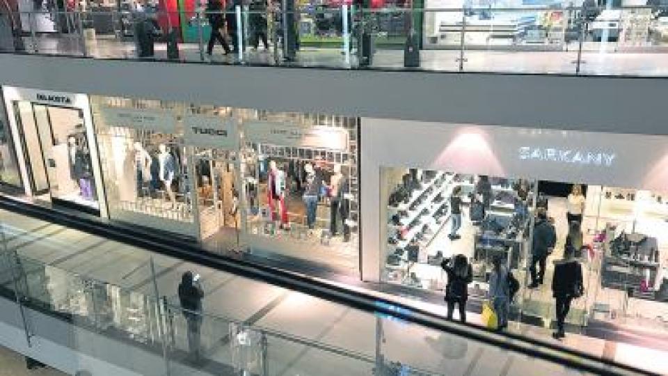 Continúa la caída de las ventas en supermercados y shoppings