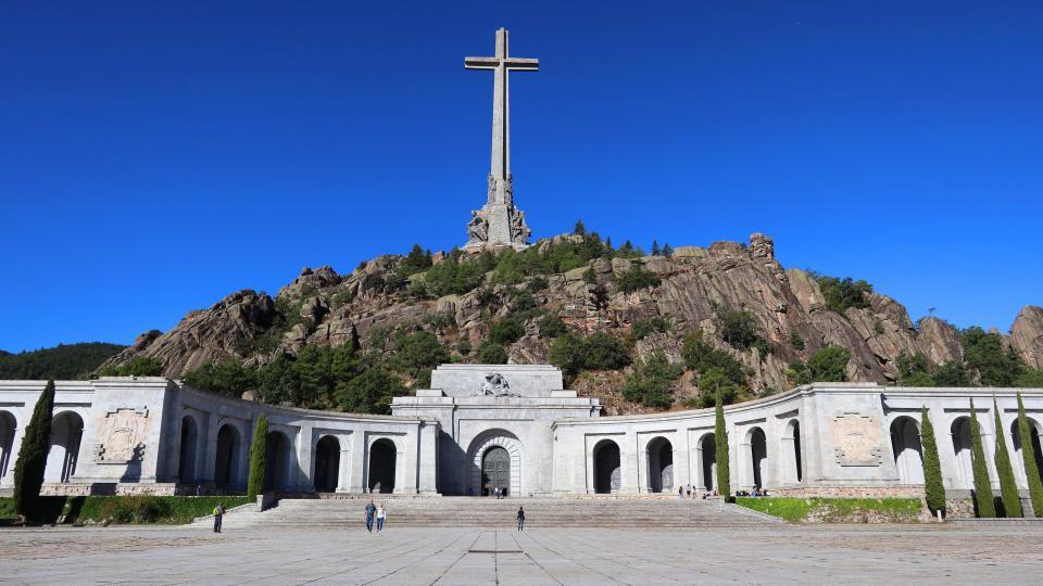 Luz verde en España para exhumar a Franco