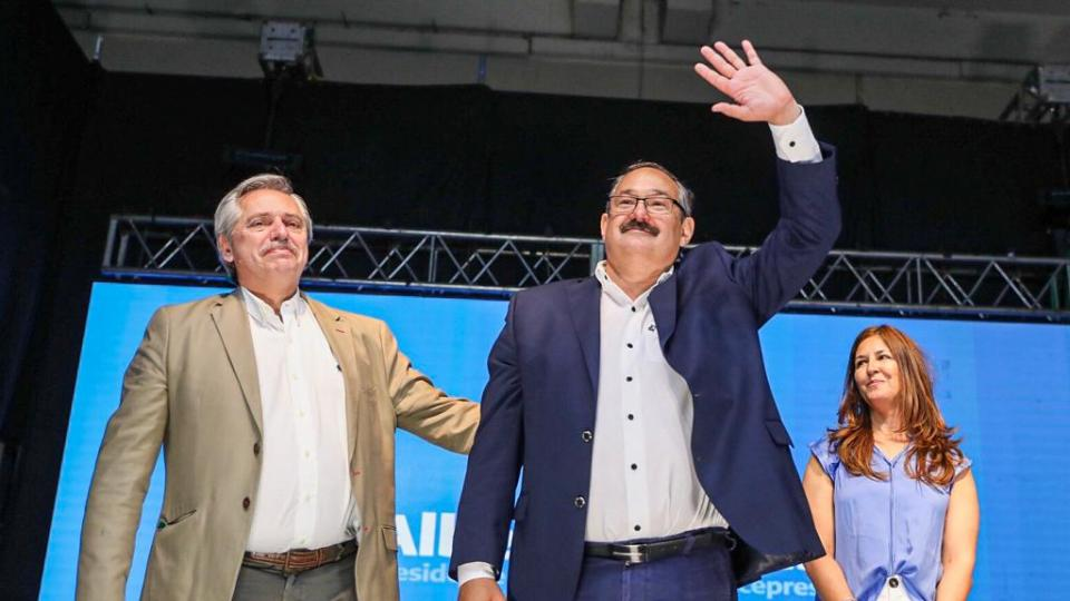 """""""Voy a gobernar una Argentina que administraron ladrones de guantes blanco"""""""