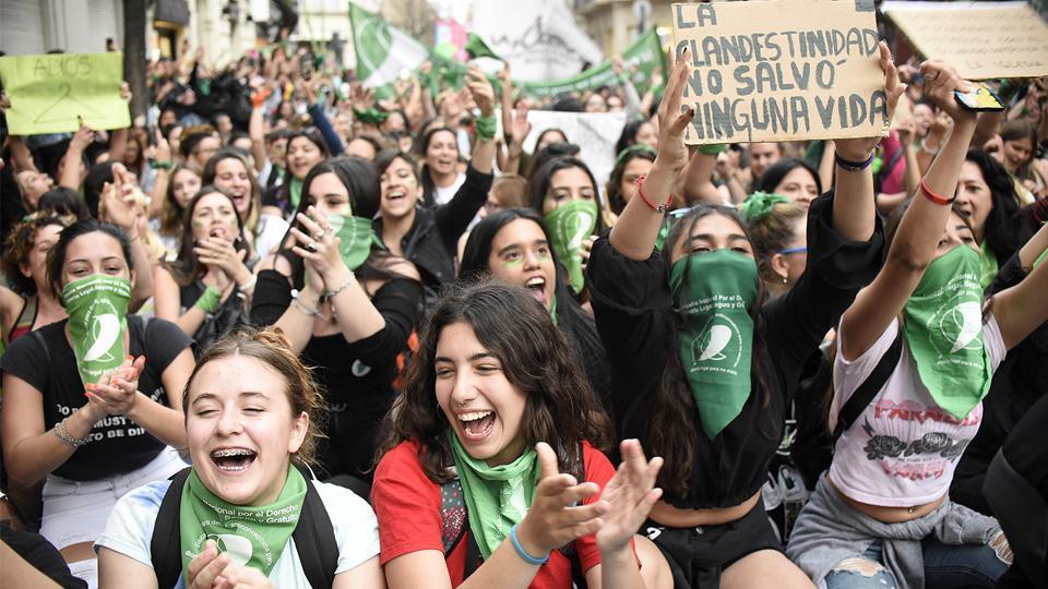 La presencia juvenil fue predominante en la marcha de ayer.