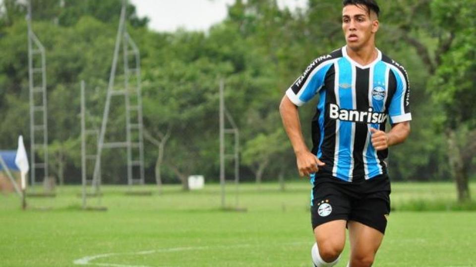 Murió un futbolista argentino tras caer desde un sexto piso