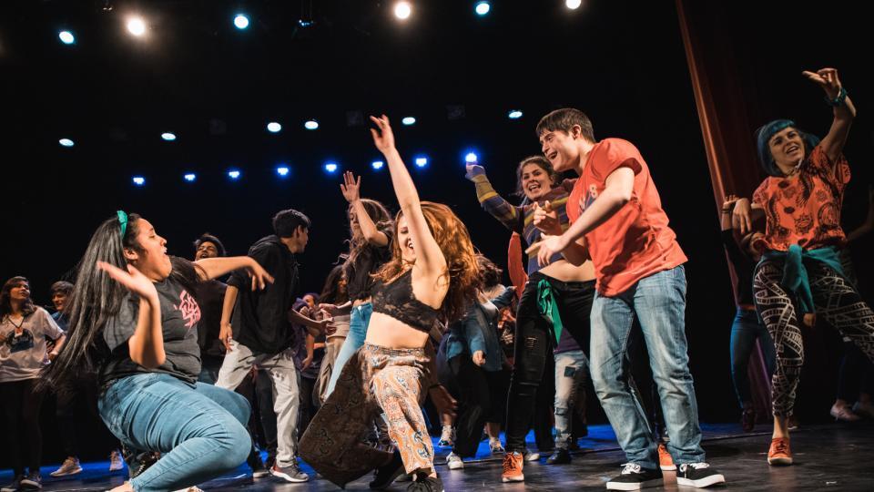 Vamos Que Venimos: les adolescentes suben a escena