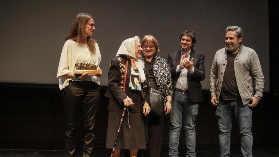 Premios Democracia, un reconocimiento al compromiso y las formas de resistencia