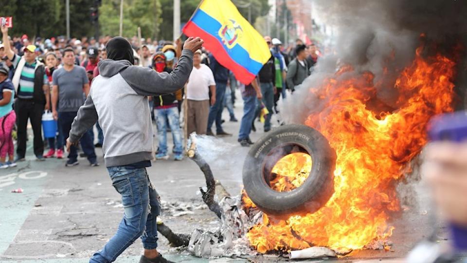 La crisis de Ecuador contada por sus protagonistas