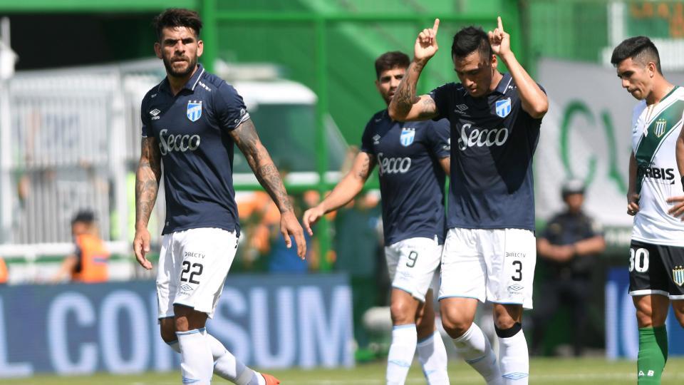 Superliga: Atlético Tucumán durmió a Banfield sobre el final