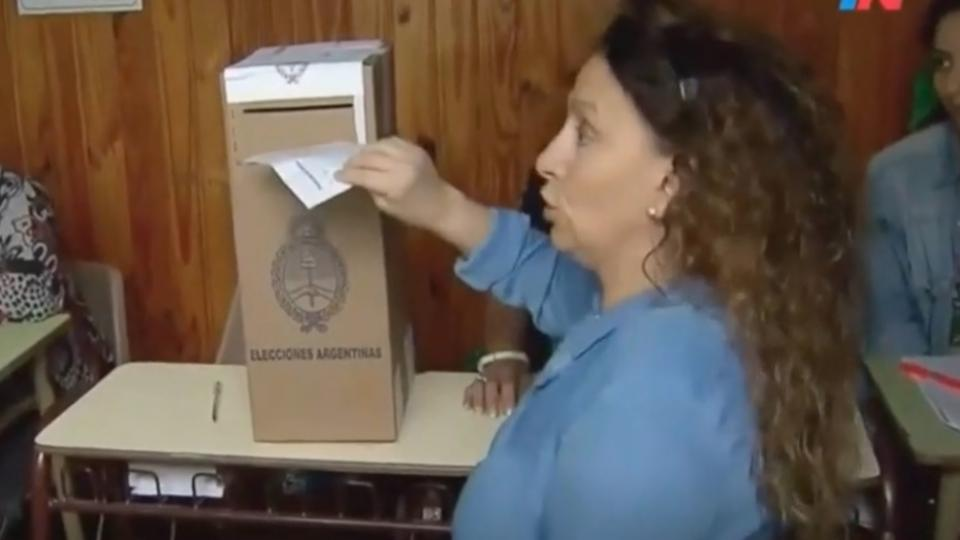 ¿Michetti votó en blanco?